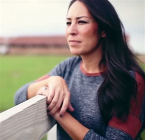 Joanna Gaines Without Eyeliner | joanna gaines a message all women should hear diamond