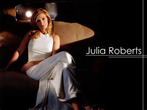 Hilary Duff Wedding Ring – Hilary Duff weds in a fabulous custom Vera **** Gown