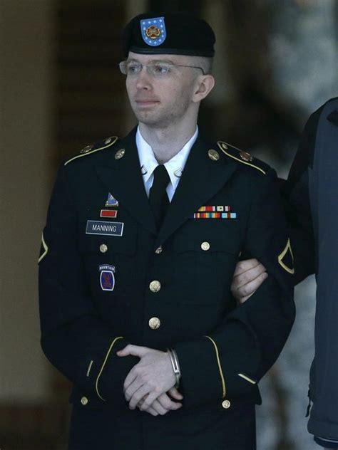 187 army agrees to provide chelsea manning transition related care