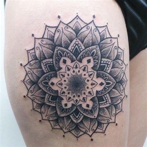 mandala tattoo artist montreal 16 best pointillism tattoo images on pinterest