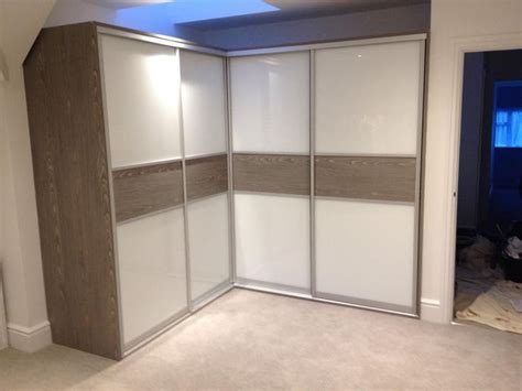 How Much Do Fitted Wardrobes Cost by De 10 B 228 Sta Id 233 Erna Om Corner Wardrobe P 229