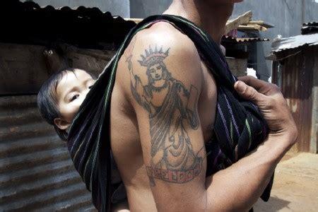 vietnamese dad, sling, tattoo by pratchaya phinthong