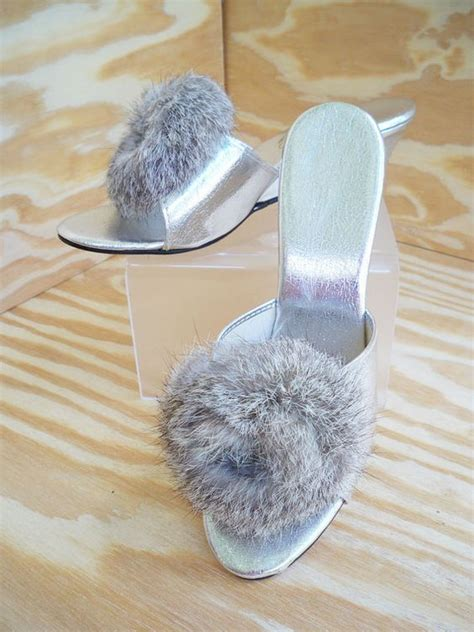 furry bedroom slippers furry bedroom slippers 28 images fuzzy slippers for