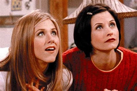 That Aniston Courteney Cox Isnt Really by Friends Reunion Courteney Cox And Aniston Team