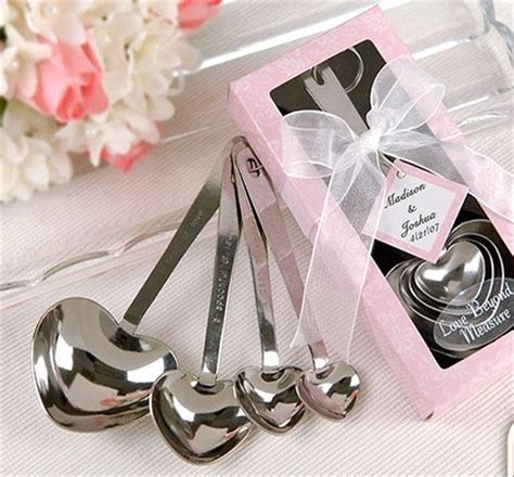 Wedding Giveaways - ideas for homemade wedding favors easyday