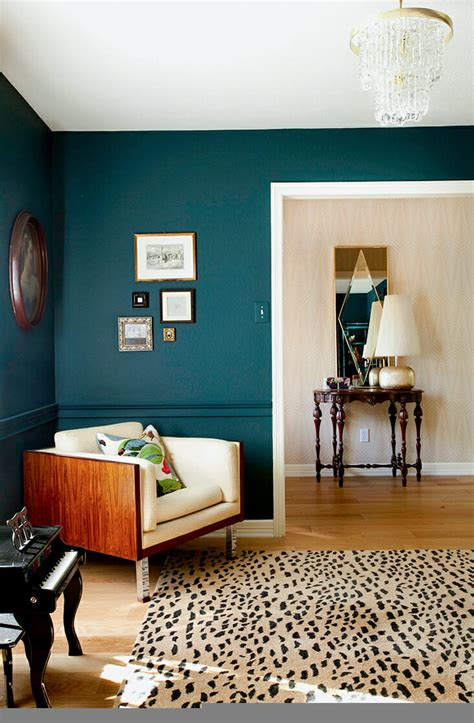 paint color for room how to use bold paint colors in your living room