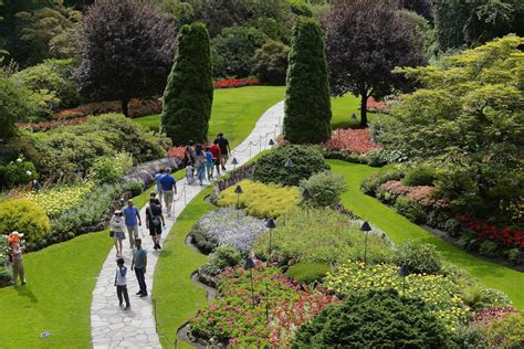 Butchart Gardens Tours by And Butchart Gardens Tour