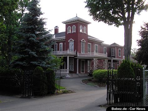 discovery house bangor maine stephen king s house bangor maine offbeat roadside attractions pictures and