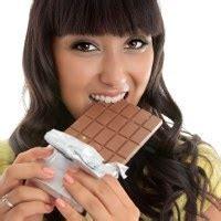 Obat Herbal Biar Cepat Gemuk ngemil cokelat cara nikmat redakan nyeri menstruasi