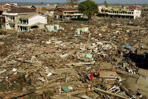 earthquake at indonesia indonesia earthquake 8 7 magnitude horrible memories of