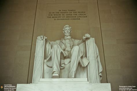 lincoln statues lincoln memorial statue quotes quotesgram