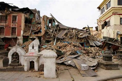 earthquake thailand donate money to nepal earthquake from thailand