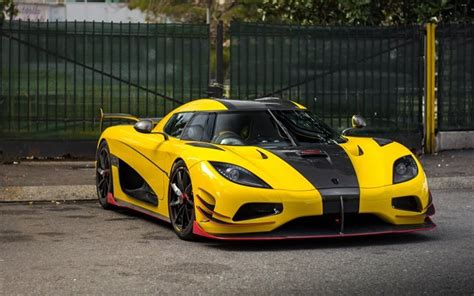 koenigsegg yellow wallpapers koenigsegg agera supercar