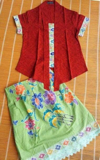 Set Kebaya Flower by Set Kebaya Kutubaru Modern Indonesia Style