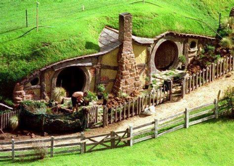 interesting underground homes home design garden