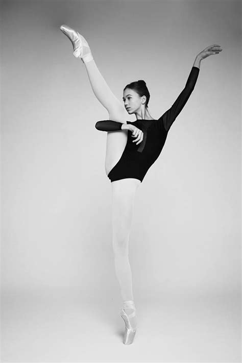 Pin by Jadyn Talley on BEAUTY | Ballet poses, Dance poses