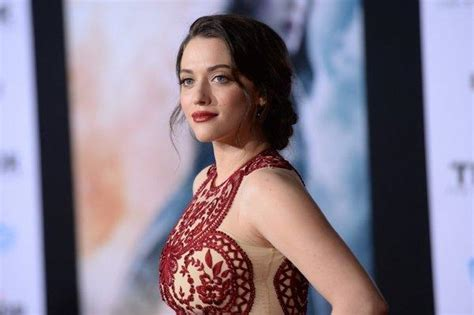 with thor the dark world kat dennings hammers out a