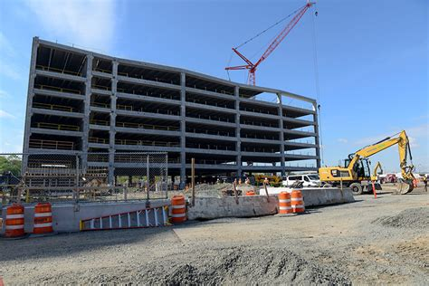West Parking Garage by Laguardia Airport Progress Photos May 2017