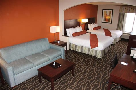 rooms to go greenville nc best western plus suites greenville greenville carolina