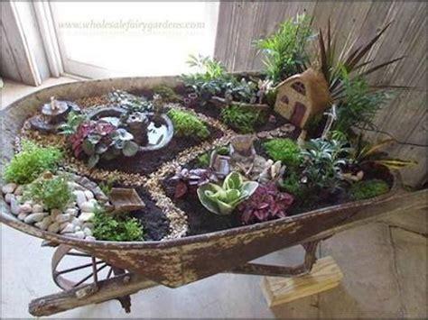 Ideen Gartengestaltung 4581 by Wheelbarrow Succulent Garden Garten