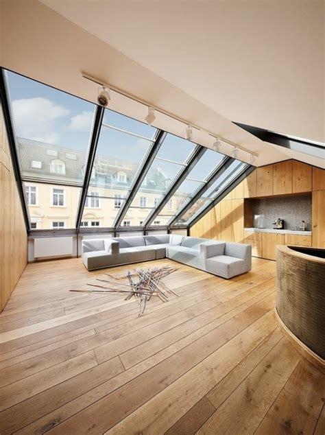 Salle Bain Gris Blanc #15: Salon-avec-fenetres-sur-toit-deco-chambre-sous-comble-amenagement-chambre-sous-comble.jpg
