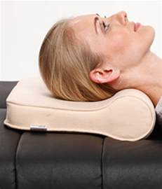 Pillow To Keep Neck by Tynor Cervical Pillow Regular Universal Buy Tynor