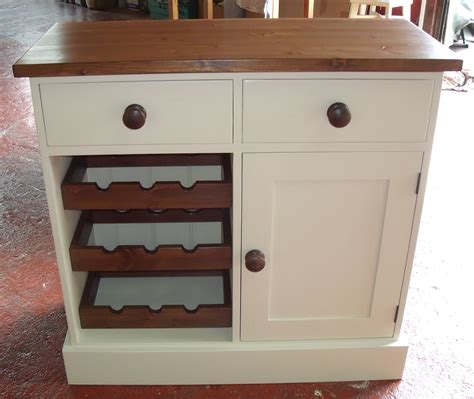 3ft3 shaker waxed and painted 2 drawer 1 cupbaord with