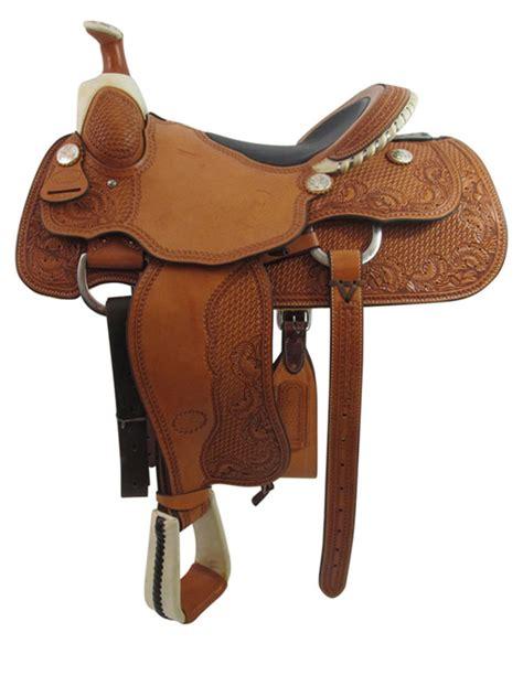 16inch used billy cook wide roper saddle floor model