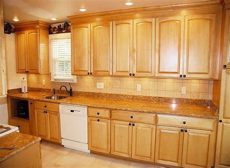 maple kitchen ideas 25 best kitchen designs images on pinterest maple