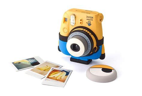 Fujifilm Instax Mini 8 Kamera Minion Limited Edition fujifilm has a minion instax that will bring