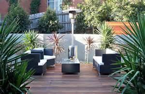 Courtyard Landscape by Landscape Design Melbourne Modern Courtyard Landscape
