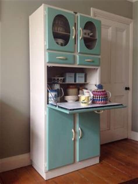 vintage retro kitchen cabinet cupboard larder kitchenette piet zwart keuken on pinterest retro kitchens vintage