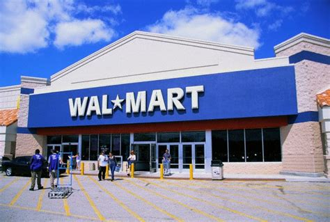does walmart what does lowes walmart and tourism in