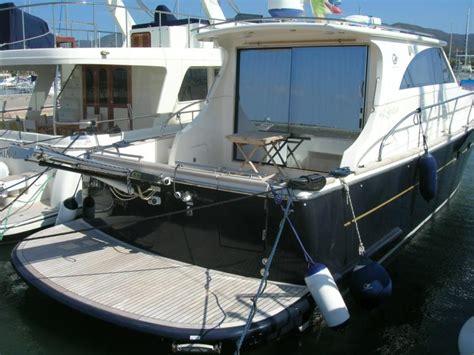 barche cabinate cantieri estensi goldstar 460 c in sardegna imbarcazioni