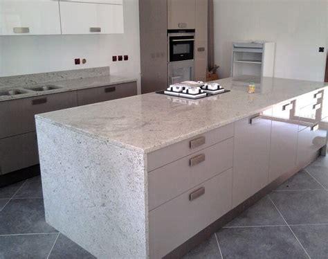 Plan De Travail Ilot Central Sur Mesure 3383 plaque de marbre cuisine cuisine plaque de marbre pour