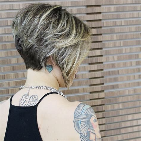 messy inverted bob hairstyle pictures 21 cute layered bob hairstyles popular haircuts