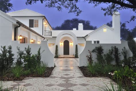 white homes stucco home style