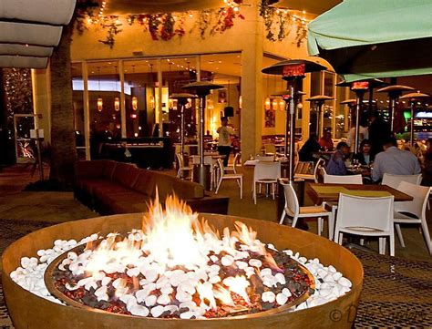 restaurants with pits fuego restaurant firepit hookah bar at hotel