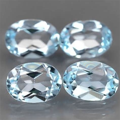 3.71 ct Natural light blue Topaz gemstone lot oval faceted