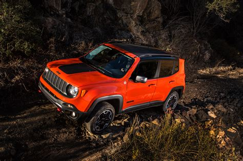 Jeep Renegade Road 2015 Jeep Renegade Trailhawk Test Motor Trend