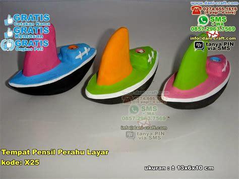 Kotak Pensil Kaleng Kelloggs 2 Pcs souvenir perahu layar souvenir tema khas kelautan