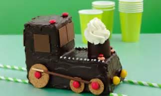 lokomotive kuchen geburtstagskuchen lokomotive rezepte schweizer milch