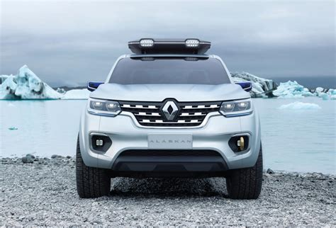 renault alaskan 2017 renault alaskan tackles colombian wilderness in off