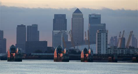 thames barrier environmental impact floods crisis is london in danger channel 4 news