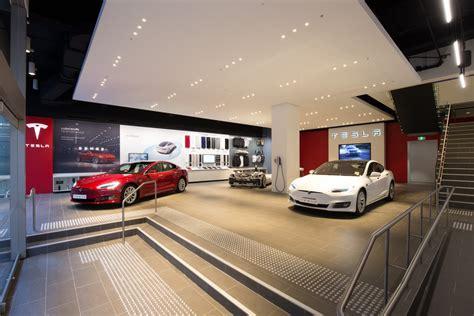 Tesla Model S Retail Tesla Opens Its Flagship Retail Store In Sydney S Martin