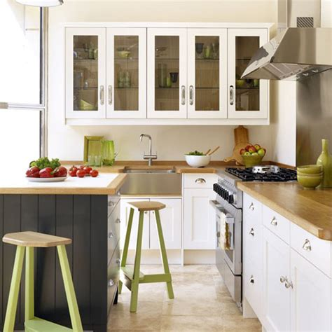 Old White Kitchen Cabinets | old kitchen cabinets painted white