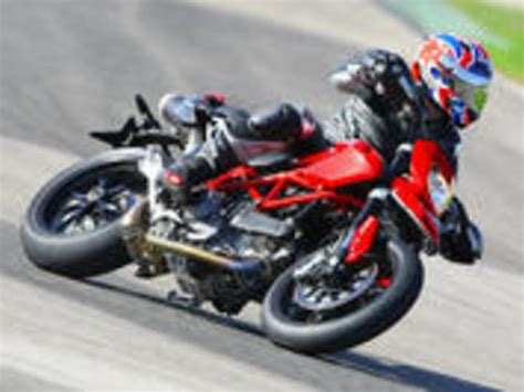 Motorrad Test Ducati Hypermotard by Ducati Hypermotard 1100 Testbericht Auto Motor At