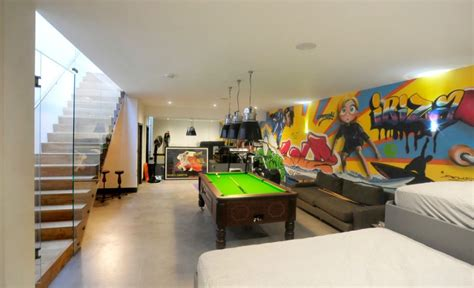 Dining Room Colors how to use graffiti to give character to your home