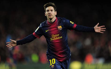 lionel messi fc barcelona biography lionel messi player analysis football gate