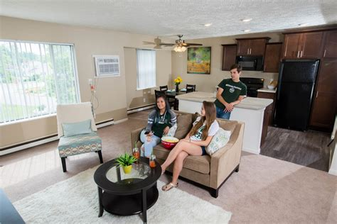 one bedroom apartments in lansing mi woodbrook village apartments rentals east lansing mi